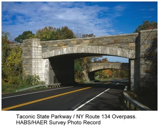 photo of Taconic Parkway overpass