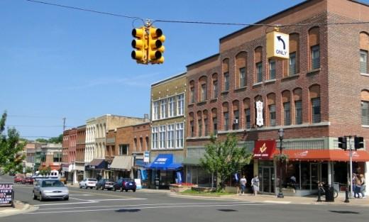 Looking down Main Street in Niles, Michigan