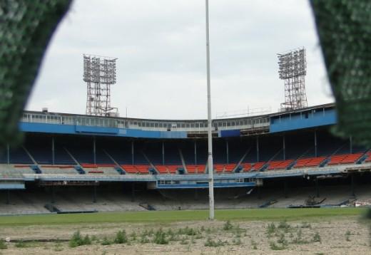 Tiger Stadium in Detroit being demolished