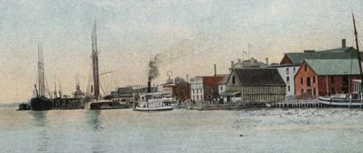 Postcard view of the Bath riverfront, circa 1907.