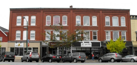 One of the many retail blocks lining Maine Street in downtown Brunswick, Maine