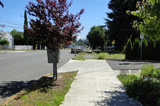 Many of the sidewalks in this part of Portland just seem to end mid-block.