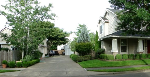 Alleys provide access to parking for housing in the lower density parts of Orenco.
