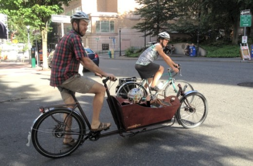 One of the next generation of Portland cyclists getting a free ride.