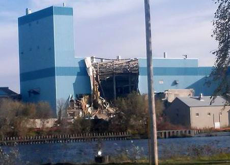 Sartell paper mill being demolished.
