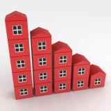 illustration of columns of houses in descending size